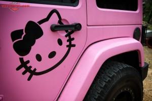 Jeep-Wrangler-JK-Pink-d