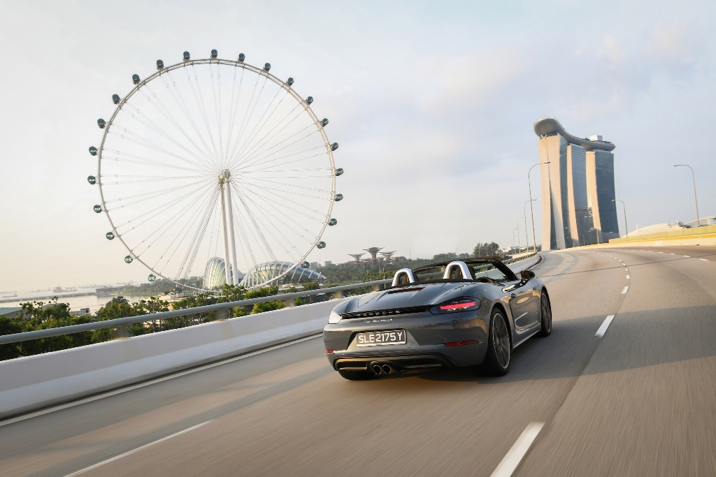 Jelajah Singapura Bersama Porsche 718 Boxster S